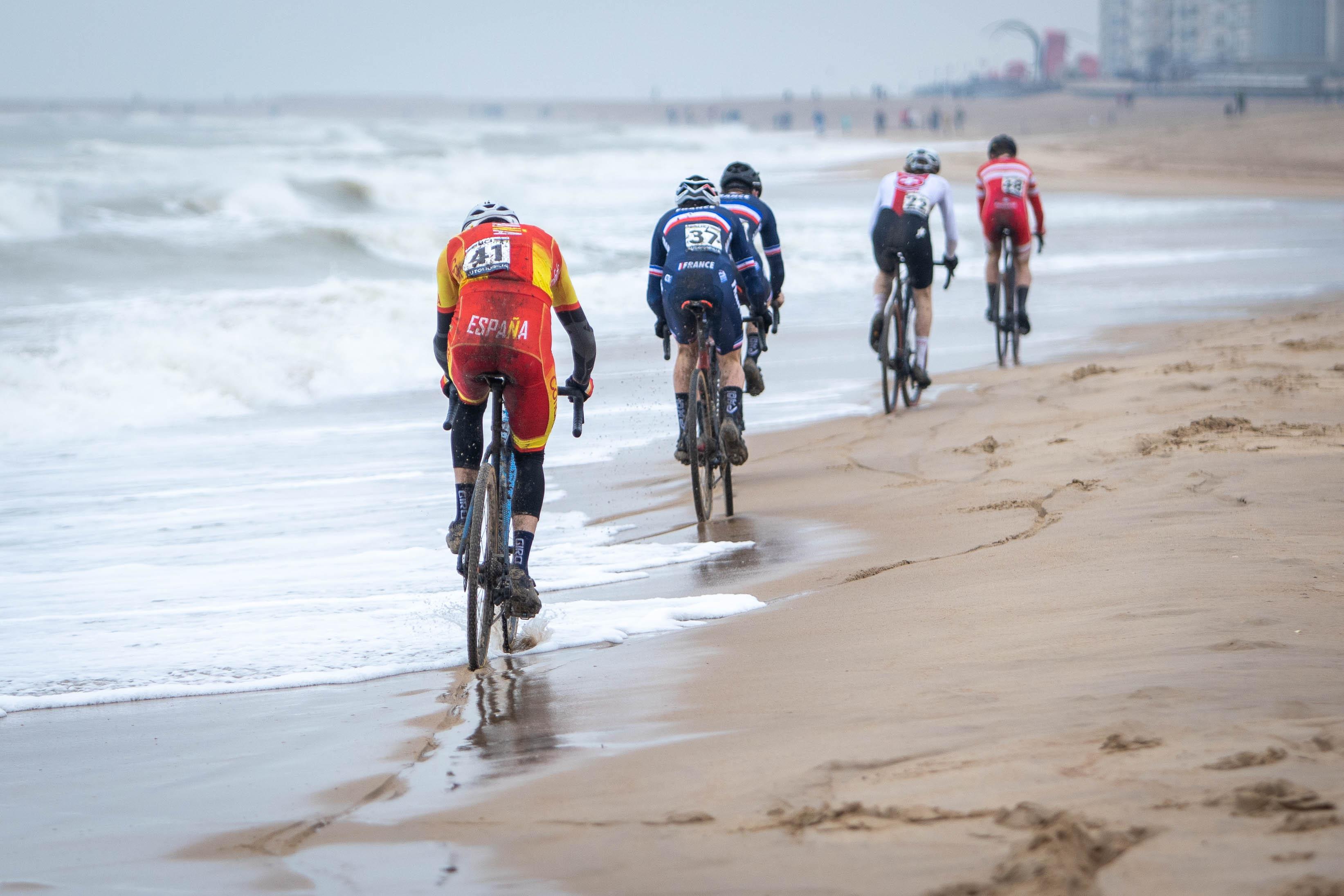 #TeamESPciclismo - Campeonato del Mundo de Ciclocross 2021 - Ostende, Bélgica (Fotos: Geoffrey Tiercelin)