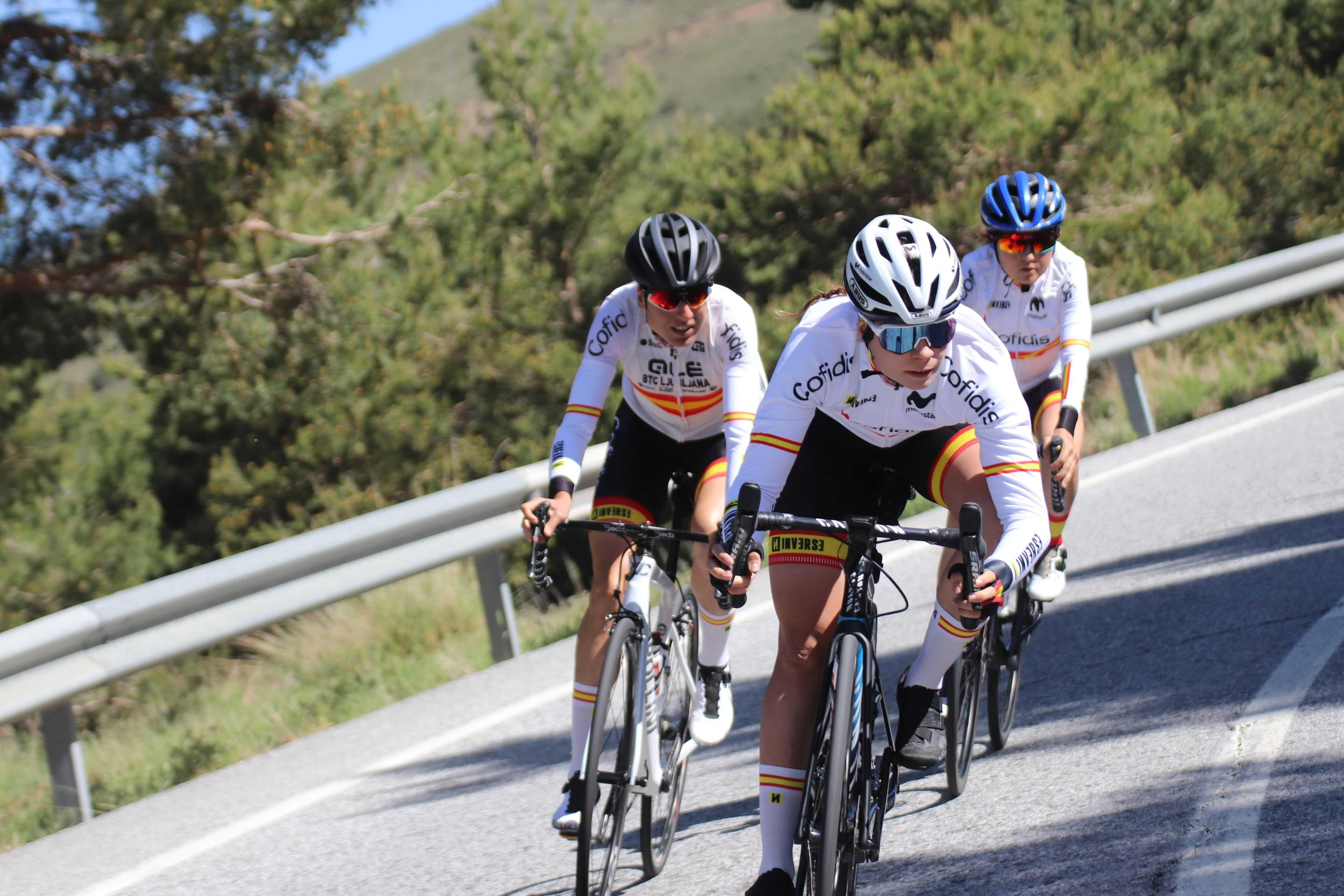 #TeamESPciclismo - Concentración en Sierra Nevada preparatoria para Tokio 2020 - Féminas Carretera