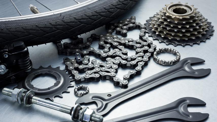 Material-y-herramientas-para-una-salida-en-bicicleta