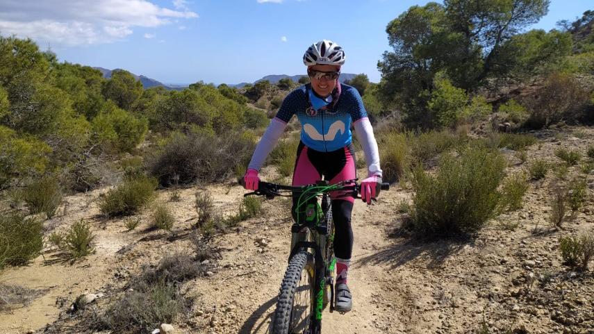 Sonando-sobre-ruedas-la-historia-ciclista-de-Krisztina-Molnar
