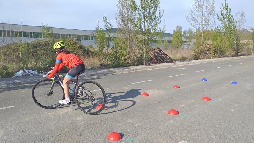 Aprende-a-montar-en-bici-parte-2-Mejora-tu-habilidad-