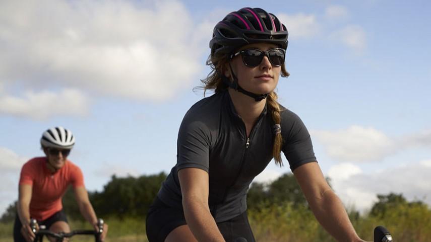 Mujeres-ciclistas-y-cinco-consejos-alimentacion