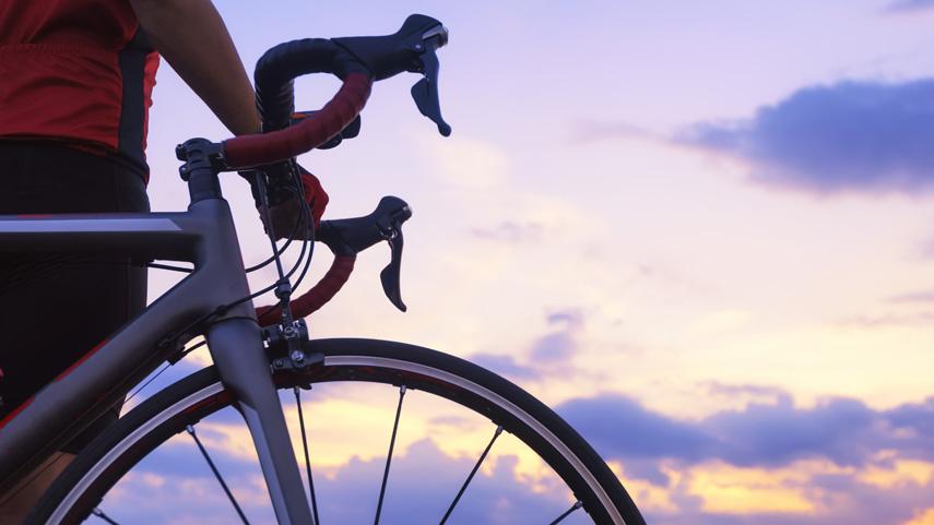 Ajusta-la-direccion-de-tu-bici-y-evita-sustos