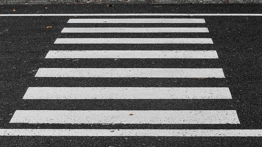 Los-pasos-para-peatonesa��-y-ciclistas