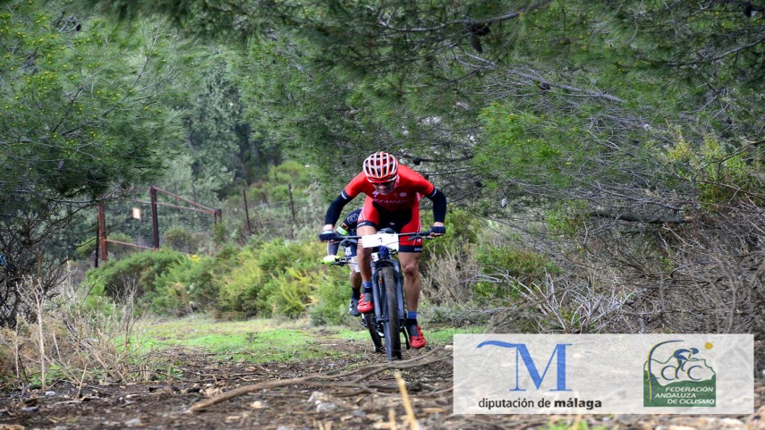 Jose-Marquez-vence-al-sprint-en-Casarabonela