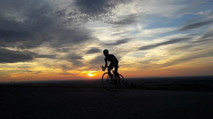 Arturo-Cantera-vence-en-la-tercera-etapa-de-la-Vuelta-a-Madrid-Sub23