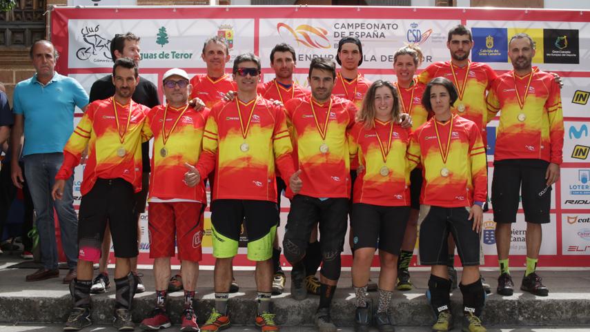 Carballo-y-Duarte-los-mejores-en-el-Campeonato-de-Espana-de-Enduro