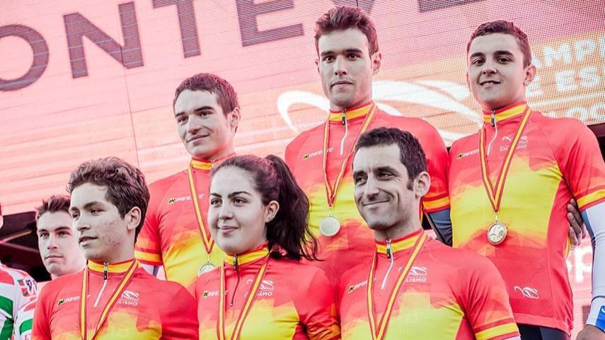 Galicia-regala-a-su-publico-el-oro-en-el-Team-Relay