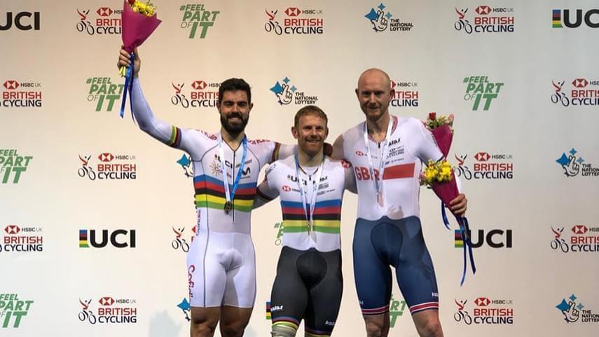 Cabello-y-Santas-dan-2-medallas-a-Espana-en-la-1-jornada-de-la-Manchester-Paracycling-Internacional