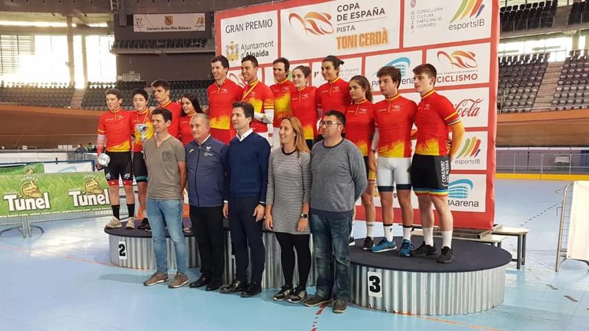 Albert-Torres-y-Eukene-Larrarte-campeones-de-Espana-de-omnium