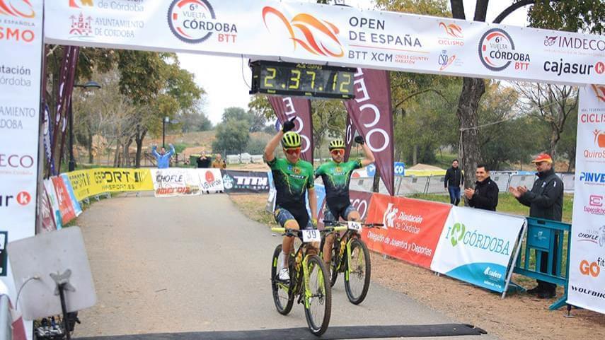 Miguel-Munoz-y-Lara-Lois-ganan-la-primera-prueba-del-Open-de-Espana-de-Maraton