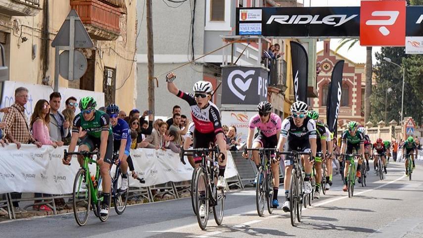 Roger-Adria-nuevo-lider-de-la-Copa-se-hace-con-la-victoria-en-un-vibrante-Ridley-Memorial-Pascual-Momparler
