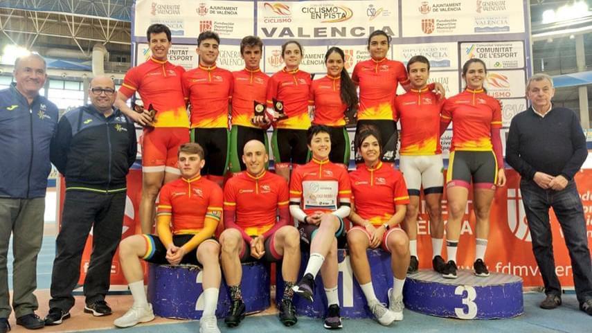 Larrarte-y-Martin-en-fondo-y-Aliaga-y-Araiz-en-Velocidad-vencedores-de-la-Copa-de-Espana-de-Pista