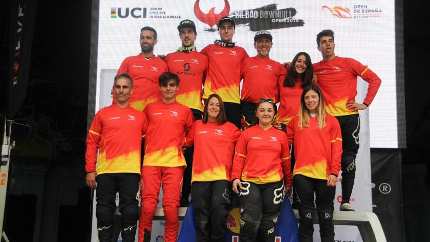 Edgar-Carballo-y-Veronika-Widmann-se-imponen-en-el-Bilbao-Downhill-2019