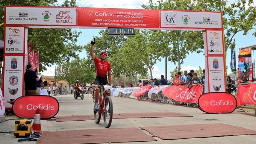 Mantecon-gana-en-Caudete-y-Pablo-Rodriguez-segundo-sentencia-el-Open-de-Espana-XCO-Cofidis-
