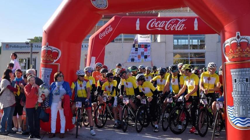 500-ciclistas-rindieron-homenaje-en-Torrelaguna-a-Antonio-Martin-Velasco