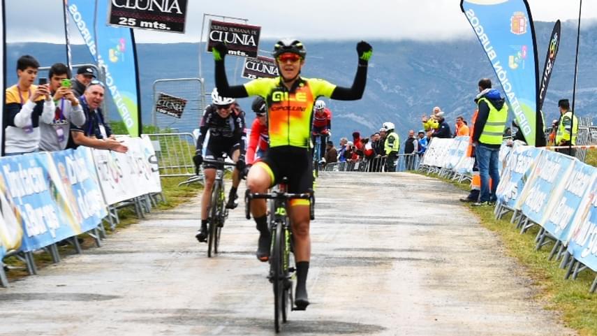 Soraya-Paladin-gana-en-el-Alto-de-Rosales-y-Stine-Borgli-es-la-nueva-lider-de-Vuelta-a-Burgos