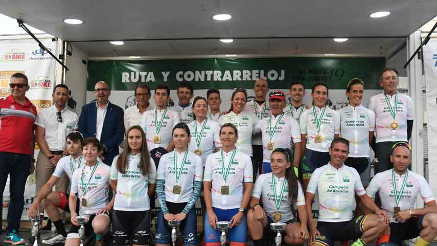 Belen-Lopez-y-Carlos-Rodriguez-revalidan-en-Cartama-titulo-andaluz-de-contrarreloj