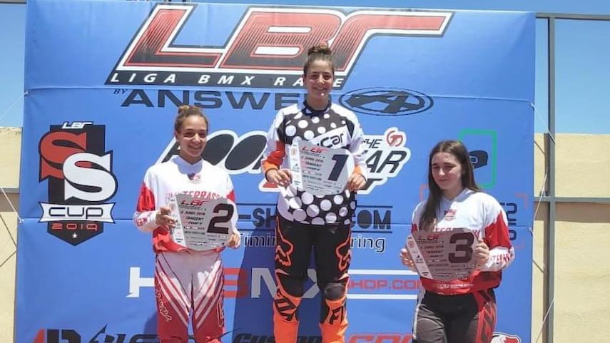 Adriana-Dominguez-sale-mas-lider-si-cabe-en-Women-Pro-de-la-Liga-LBR-BMX