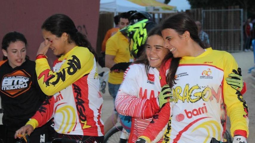 Las-chicas-aragonesas-protagonistas-del-BMX-en-el-campeonato-de-Espana