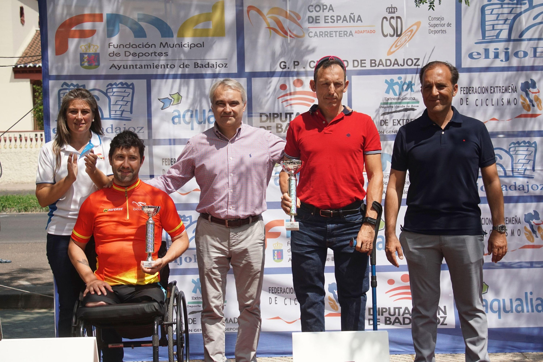 Rubén Tanco consolida su liderato de Copa de España ante su público