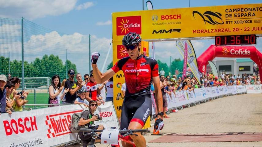 Valero-Coloma-Pablo-Rodriguez-y-Mantecon-en-busca-del-Campeonato-de-Espana-de-XCO-de-Arguedas-