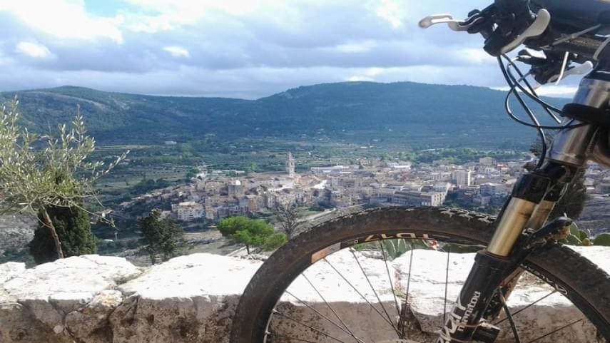 La-FCCV-envia-un-escrit-a-la-Direccio-General-da��Esports-despres-de-les-sancions-a-ciclistes-en-les-muntanyes-de-la-Comunitat-Valenciana