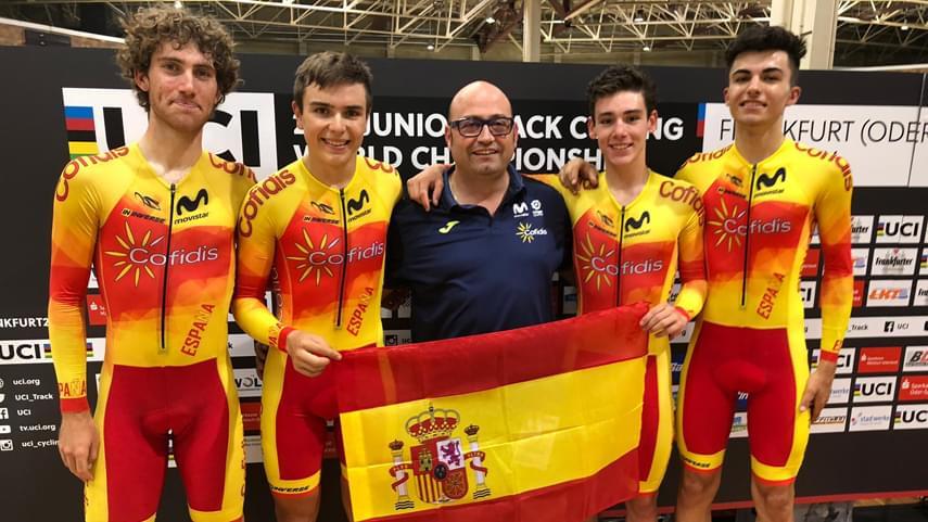 La-cuarteta-de-persecucion-junior-pulveriza-el-record-de-Espana-en-el-Mundial-de-Frankfurt-Oder