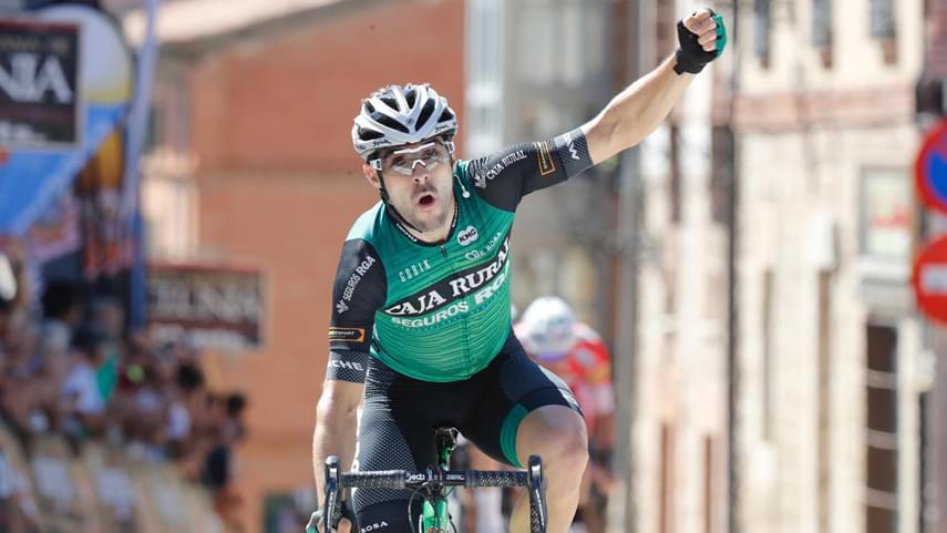 Victoria-de-Jon-Aberasturi-en-la-2-etapa-de-la-Vuelta-a-Burgos