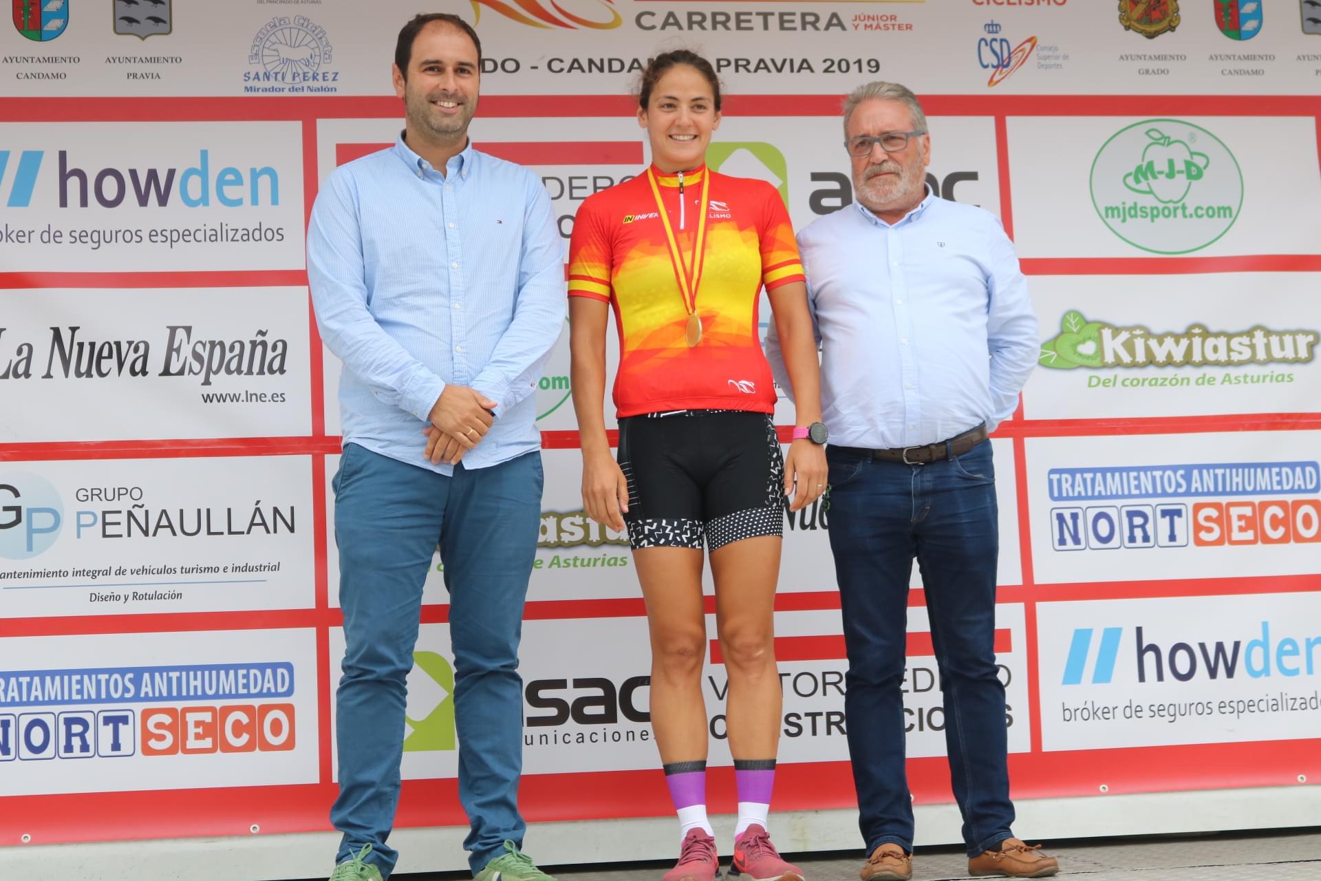 Juan Ayuso y Amaia Lartitegi, campeones de España junior 2019 en Pravia