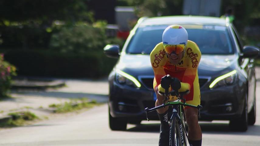 Ten-y-Santas-4A�-en-la-crono-del-Mundial-de-Ciclismo-Adaptado