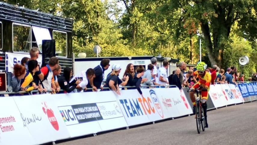 El-corredor-valenciano-Ricardo-Ten-se-proclama-campeon-del-Mundo-de-Ciclismo-Adaptado