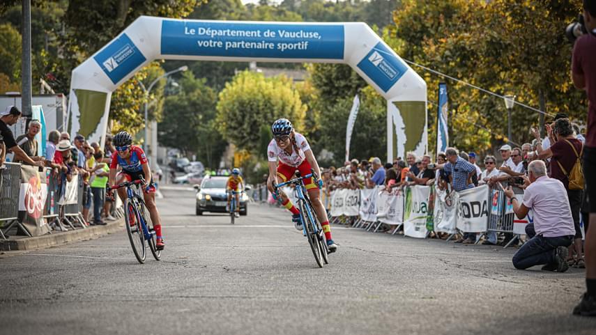 Santesteban-Garcia-y-Merino-2-3-y-5-en-la-3-etapa-del-Tour-de-Ardeche