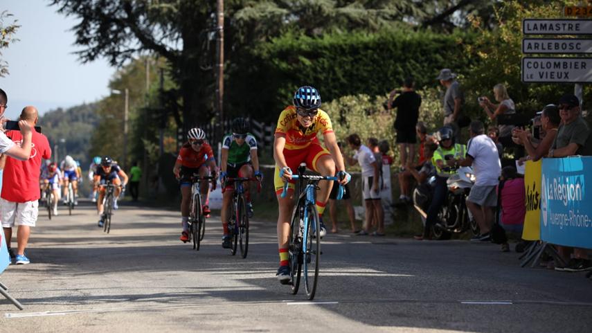 Mavi-Garcia-finaliza-4-en-la-5-etapa-del-Tour-de-Ardeche-y-recupera-el-maillot-de-la-montana