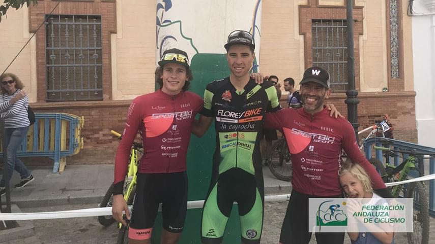 Macias-y-Espada-vencedores-elites-del-II-Rally-XCO-Alfayat-Puebla-de-Guzman