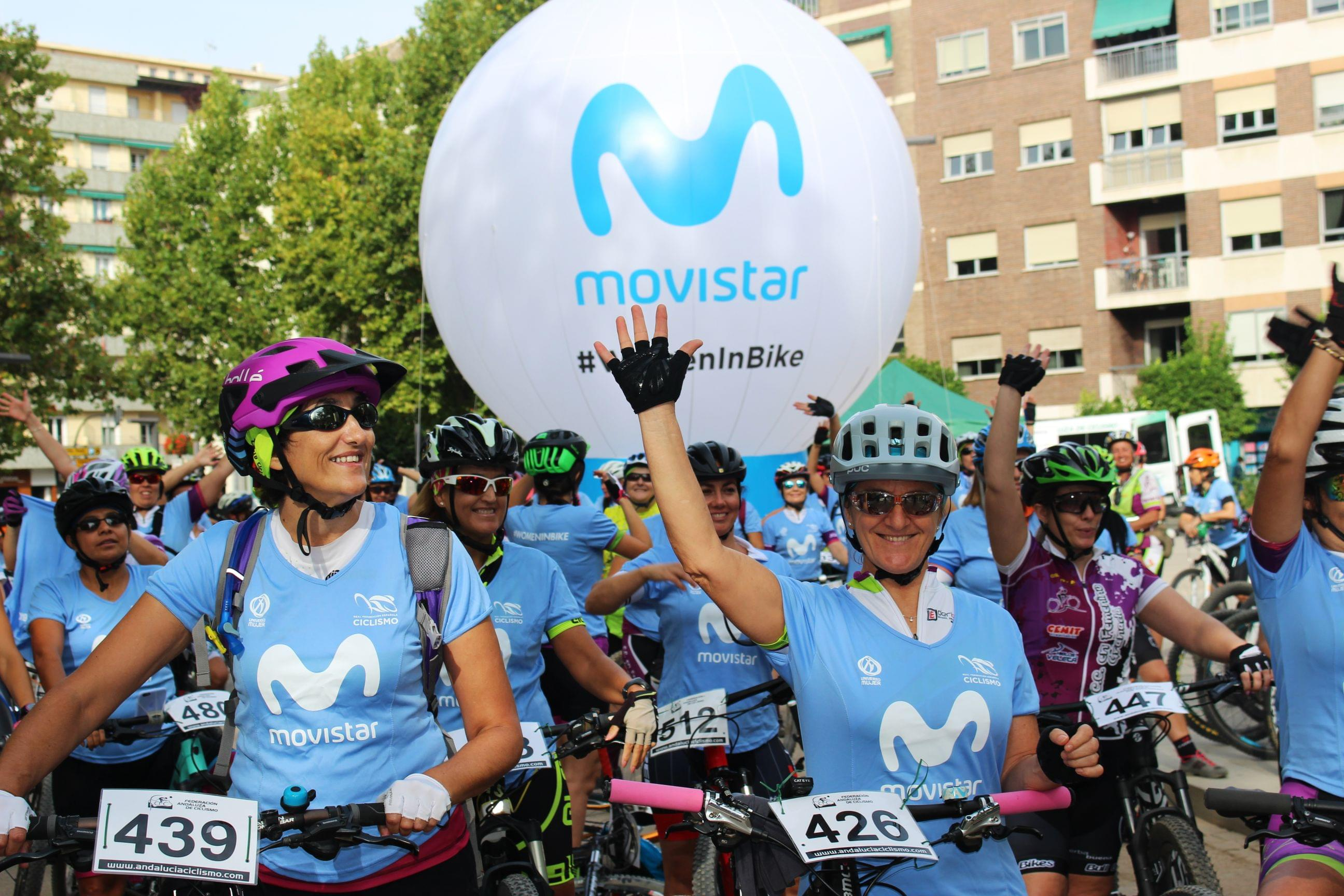 El movimiento Women In Bike vive un rotundo éxito en Granada