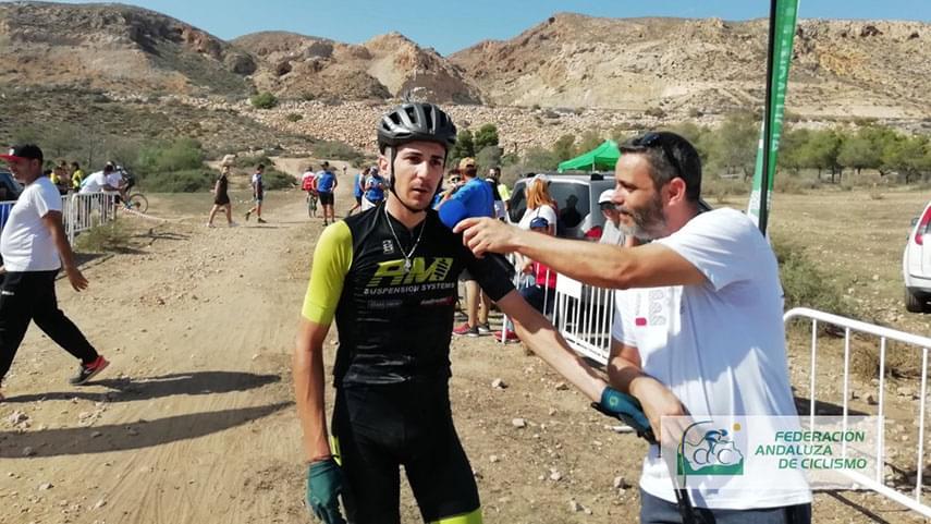 Huercal-de-Almeria-corona-a-Jose-David-Latorre