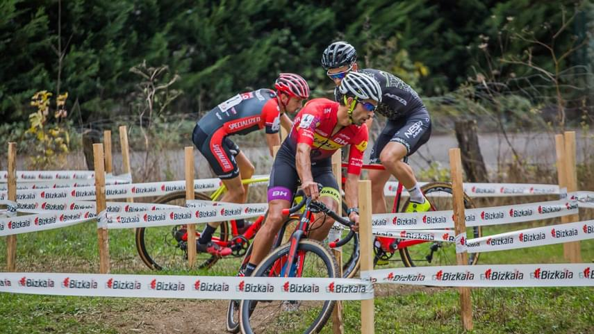 El-XXVII-Ciclocross-Karrantza-da-continuidad-a-la-Copa-de-Espana-de-Ciclocross-2019