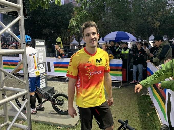 Llongueras se viste de arcoíris en un baño de medallas para la Selección Española de trial