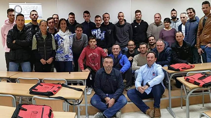 Finaliza-en-la-UCV-Torrent-el-Curso-de-Director-Deportivo-N1