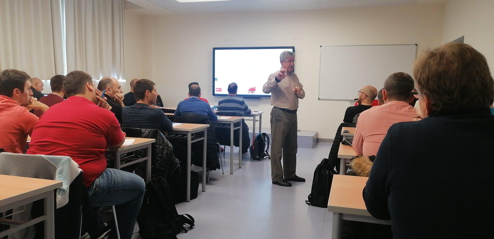 Finalizados con éxito de participación los cursos de Director Deportivo Nivel I y Nivel II