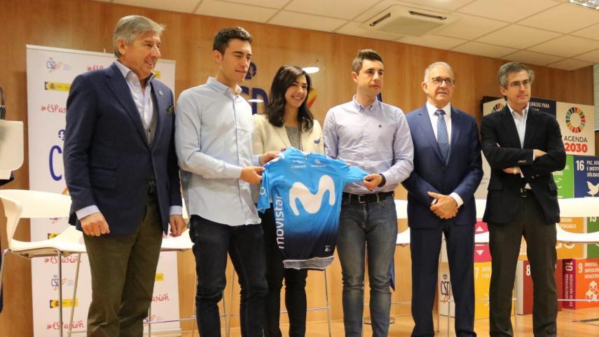 Torres-y-Mora-correran-en-el-Movistar-Team-en-2020