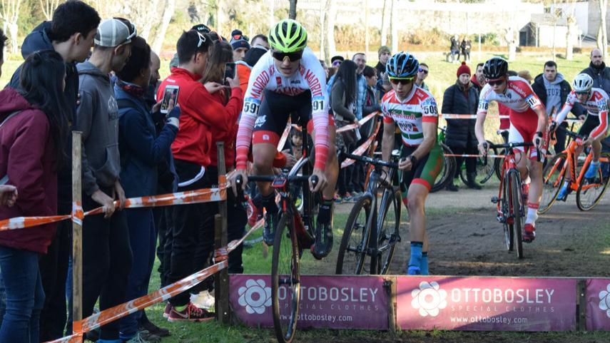 Buen-papel-de-la-Seleccion-Madrilena-de-ciclocross-en-la-primera-jornada-de-los-Nacionales-de-Pontevedra
