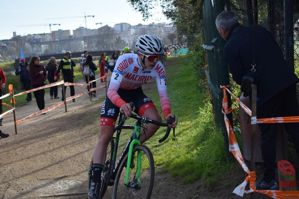 Buen papel de la Selección Madrileña de ciclocross en la primera jornada de los Nacionales de Pontevedra (ACTUALIZADA CON ÁLBUM DE FOTOS)