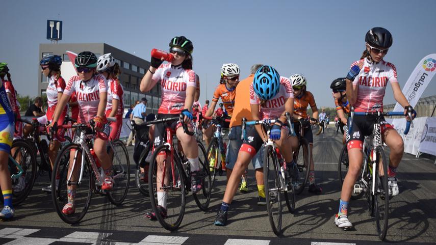 Las-ciclistas-madrilenas-infantiles-se-concentraran-en-Galapagar-el-26-de-Enero