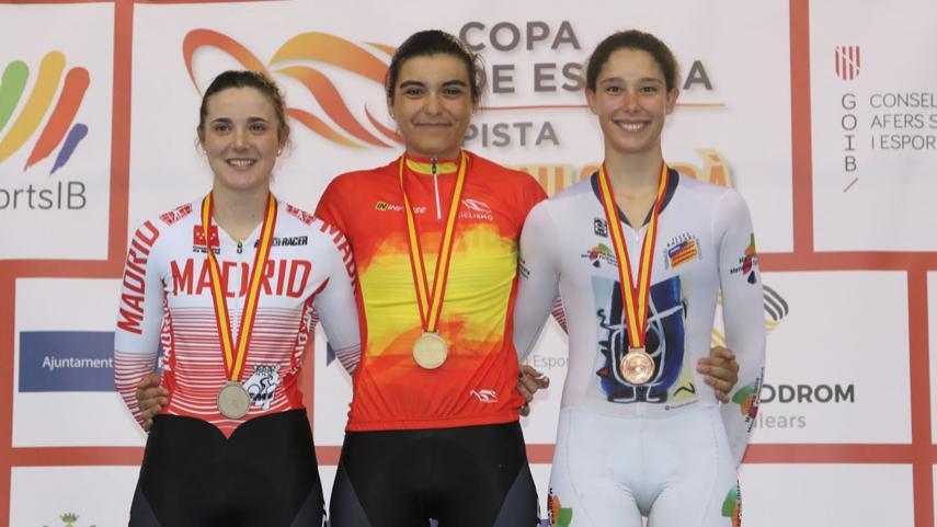 Fantastico-doblete-de-Eva-Anguela-y-Adriana-San-Roman-en-los-Nacionales-de-omnium-en-Palma-de-Mallorca