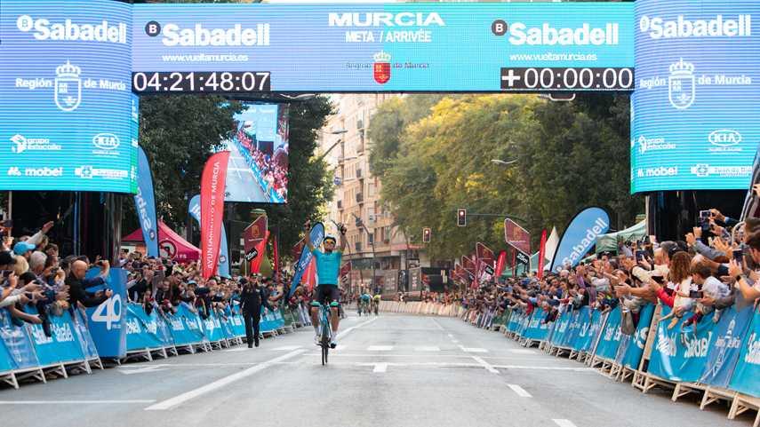 Luis-Leon-Sanchez-gana-la-ultima-etapa-de-la-Vuelta-a-Murcia-2020-y-Meurisse-se-lleva-la-general