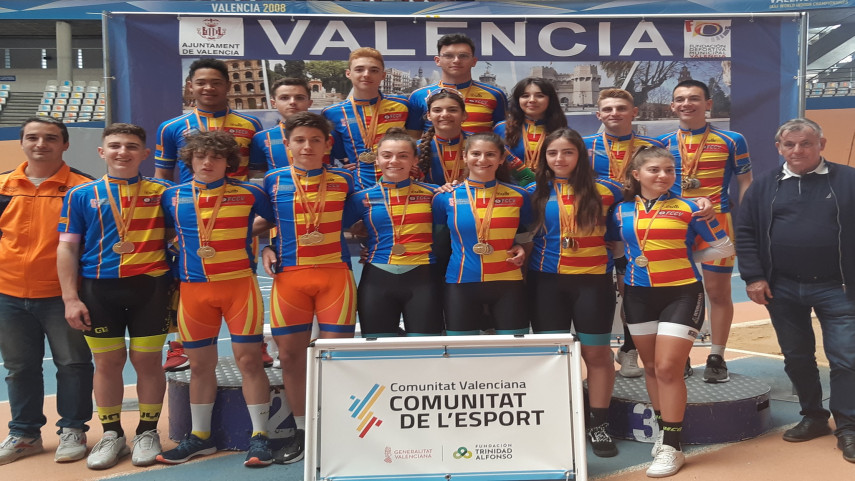El-velodromo-Luis-Puig-corono-a-los-campeones-y-campeonas-de-la-Comunitat-Valenciana-de-Pista