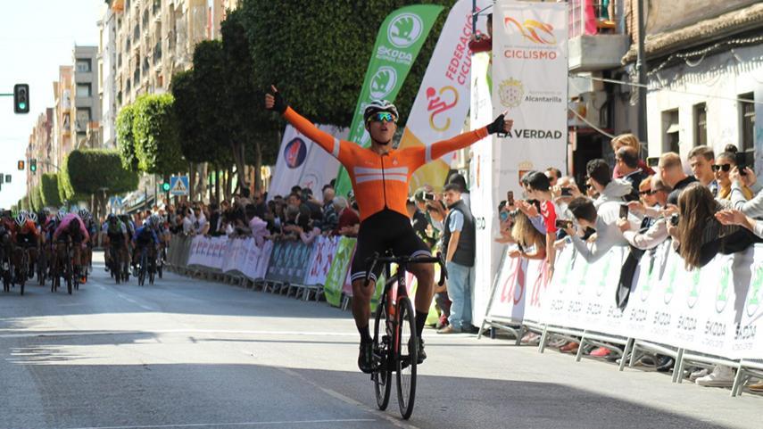 Ocampo-y-Tellez-protagonizan-un-doblete-colombiano-en-el-Trofeo-Guerrita