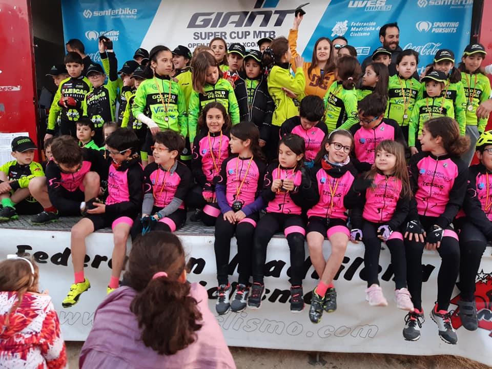 Nayra García, Blanca Arauz, Andrés Canals y Hugo Pradas, nuevos campeones de Madrid escolares en XCO